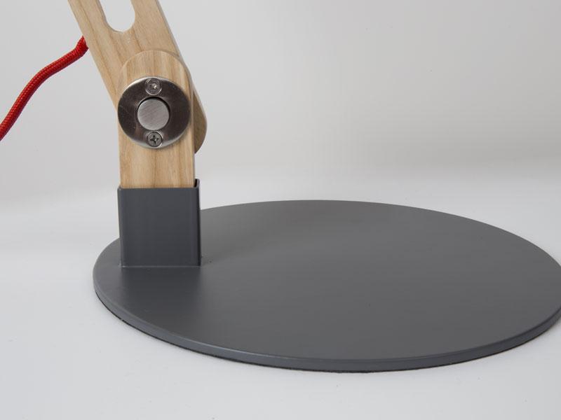 Lampada da tavolo o da scrivania mid century di louis kalff per
