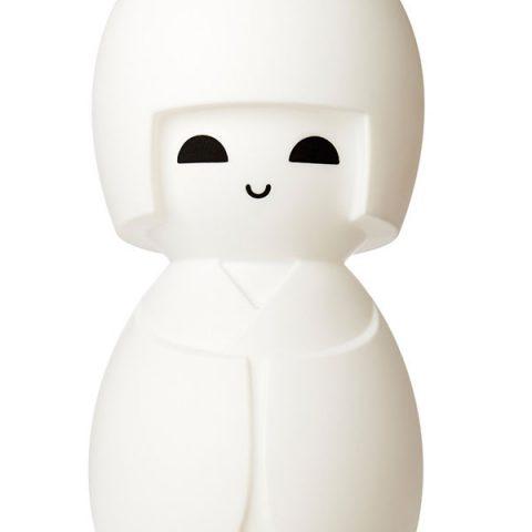 kokeshi-lampada-1