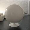 Ball-Chair-Eero-Aarnio-2