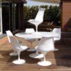 Riedizione contemporanea non marcata della celebre seduta progettata da Eero Saarinen nel 1956